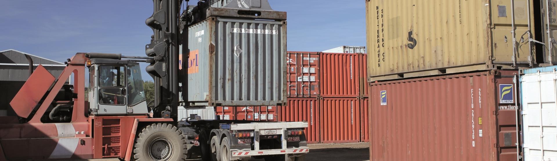 Servicios y Certificaciones - Transportadora Alonzo